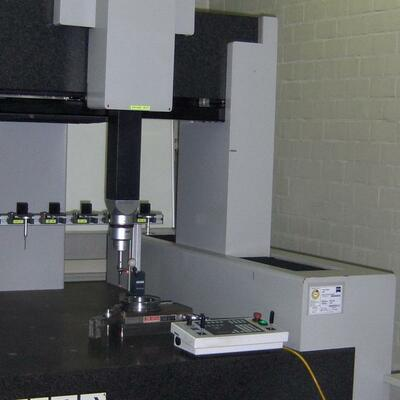Bridge-Type Measuring Machine